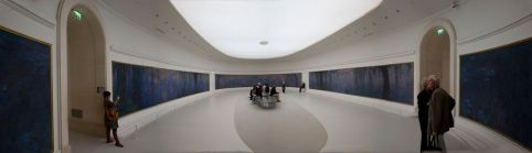 Panorama_Interior_of_Musée_de_l'Orangerie_2