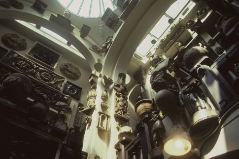 1280px-Soane_museum_gallery
