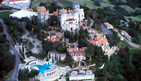 Hearst_ Castle_photo