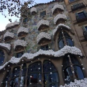 snow on casa batllo gaudi